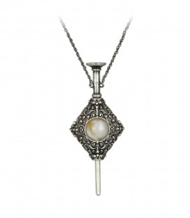 Grindelwald Gellert pendant