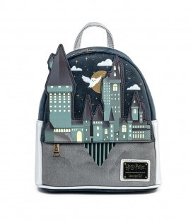 Mini Sac à Dos Hogwarts Castle relief Loungefly Harry Potter,  Harry Potter, Boutique Harry Potter, The Wizard's Shop